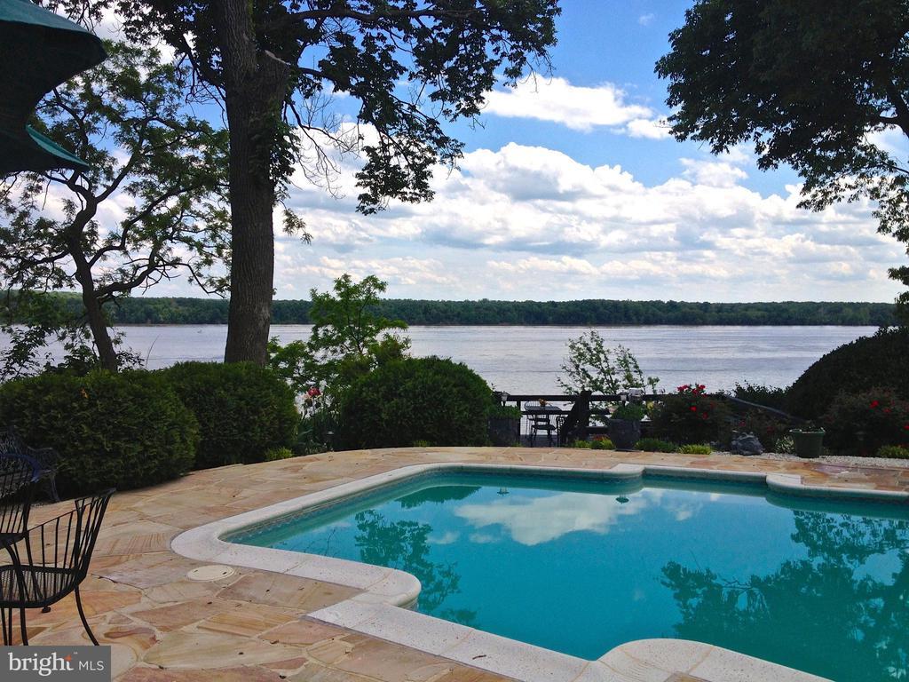 Sweeping Panoramic Views of Potomac/Maryland Shore - 3905 BELLE RIVE TER, ALEXANDRIA