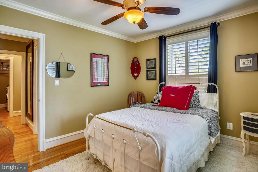 Bedroom 2 - 27 E MASONIC VIEW AVE, ALEXANDRIA