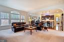 Family room with beautiful windows - 17 WAGONEERS LN, STAFFORD