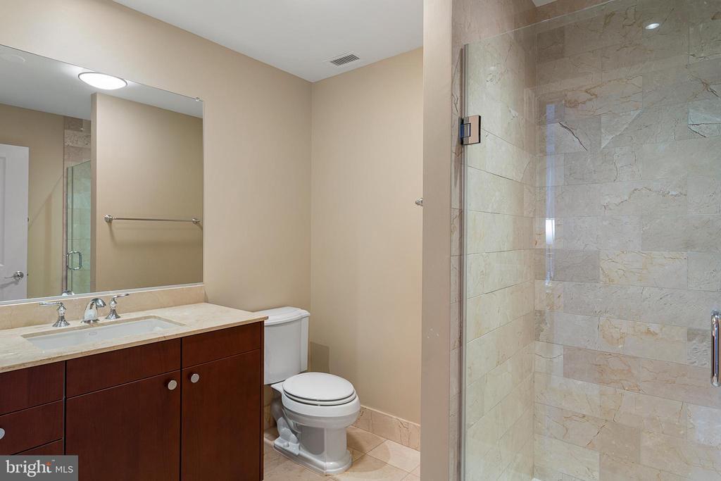 En-Suite Bath - 2425 L ST NW #240, WASHINGTON