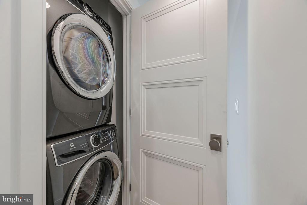Electrolux laundry on Bedroom Level - 17 FREDERICK DOUGLASS CT NE, WASHINGTON