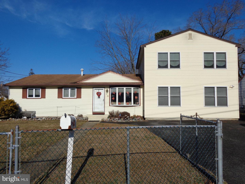 Single Family Homes voor Verkoop op Pine Hill, New Jersey 08021 Verenigde Staten