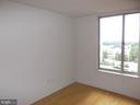 - 2726 GALLOWS RD #910, VIENNA