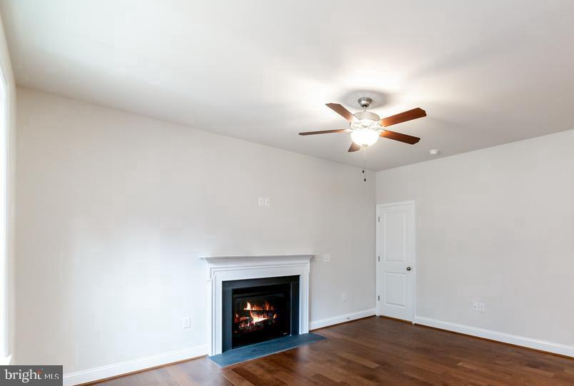 Fire place included - 278 ANDERSON RD, FREDERICKSBURG