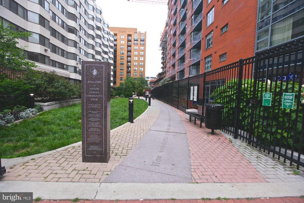 Park next door - 1117 10TH ST NW #504, WASHINGTON