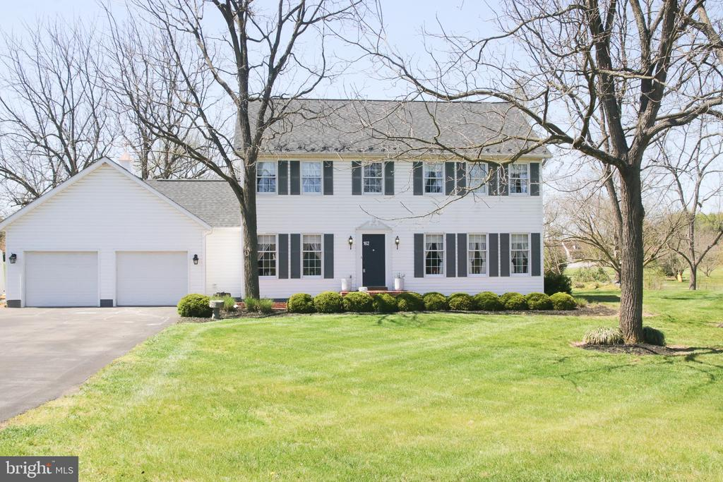 Come home to 162 Noel Drive! - 162 NOEL, MARTINSBURG