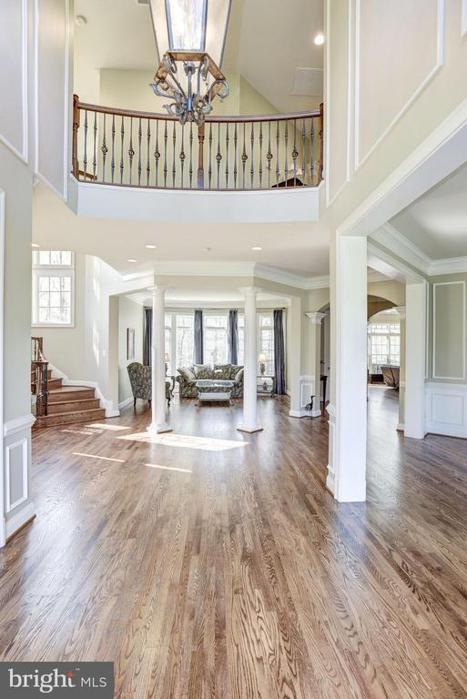 Balcony looking down to the foyer - 40989 GRENATA PRESERVE PL, LEESBURG