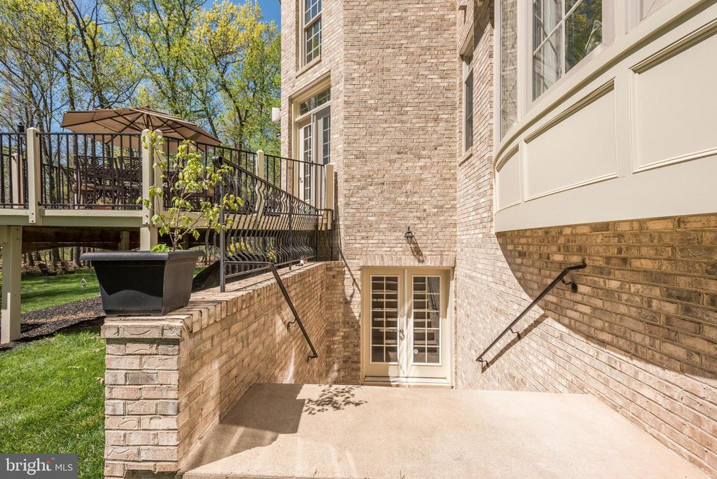 Walk up stairs from basement - 40989 GRENATA PRESERVE PL, LEESBURG