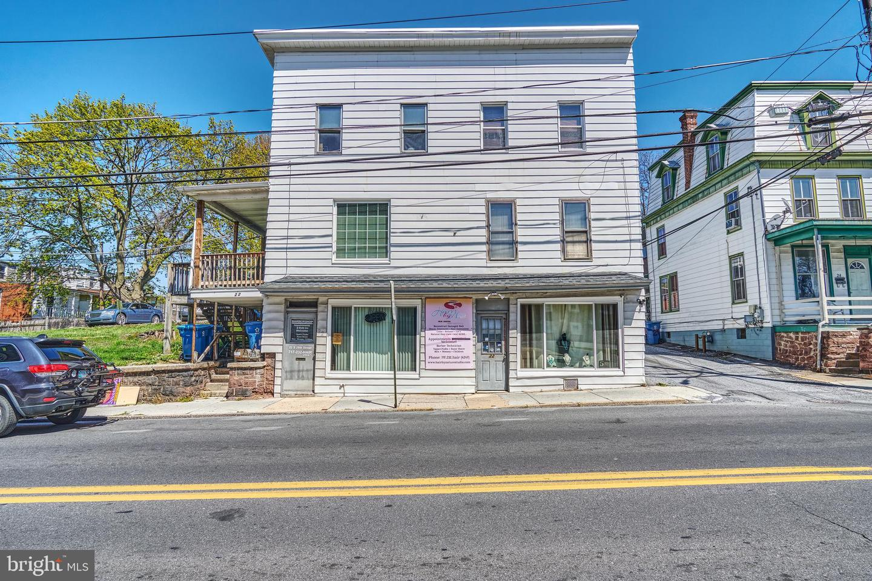 Quadraplex για την Πώληση στο Harrisburg, Πενσιλβανια 17103 Ηνωμένες Πολιτείες