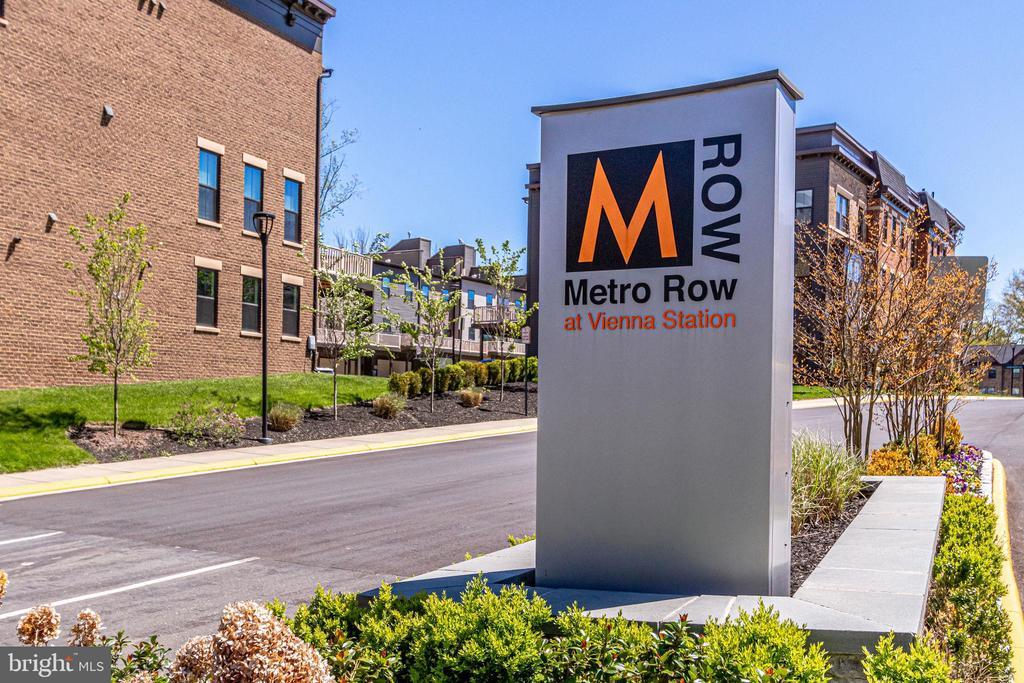 ... to Metro Row! - 3160 VIRGINIA BLUEBELL CT, FAIRFAX