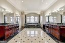 2 En Suite Master Baths! - 24 BRETT MANOR CT, COCKEYSVILLE