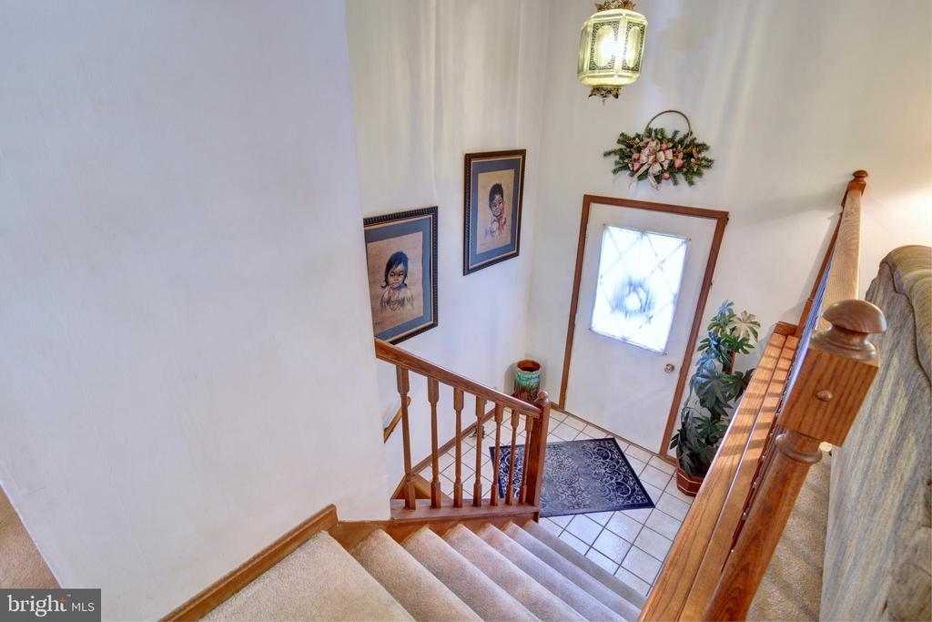 Foyer - 14460 MILLTOWN RD, LOVETTSVILLE