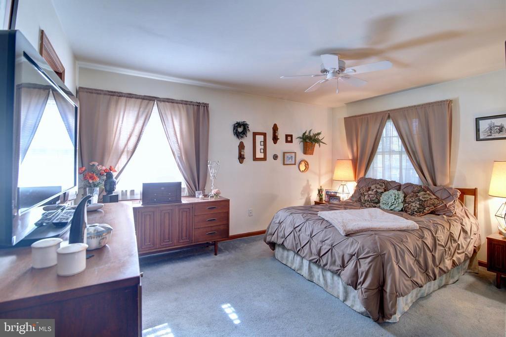 Master Bedroom - 14460 MILLTOWN RD, LOVETTSVILLE