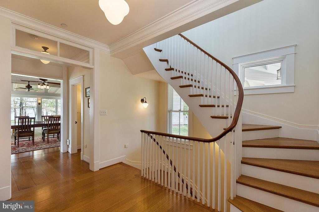 Stair handrails were made from solid mahogany - 15270 HATTON LANDING DR, NEWBURG