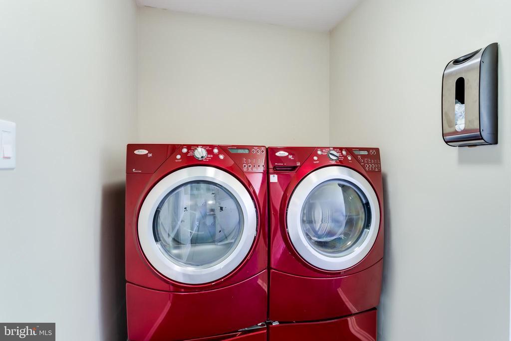 Laundry - 4622 CLAYTON RD, WALDORF