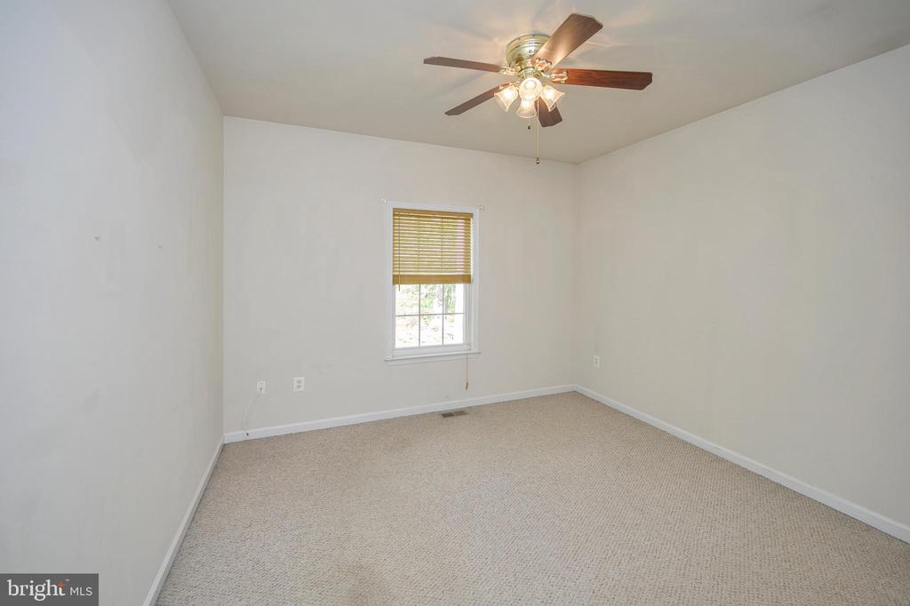 Bedroom #3 - 412 BIRDIE RD, LOCUST GROVE
