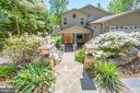Spectacular entrance  landscaping welcomes you - 118 CONFEDERATE CIR, LOCUST GROVE