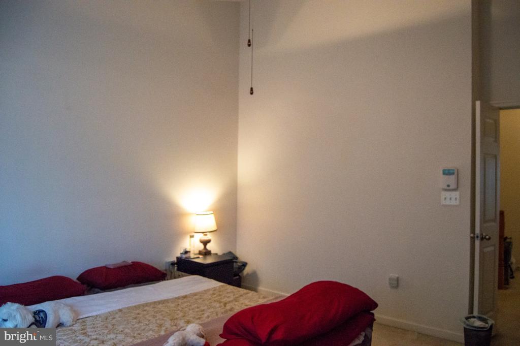 2019 bedroom - 6587 KIERNAN CT, ALEXANDRIA