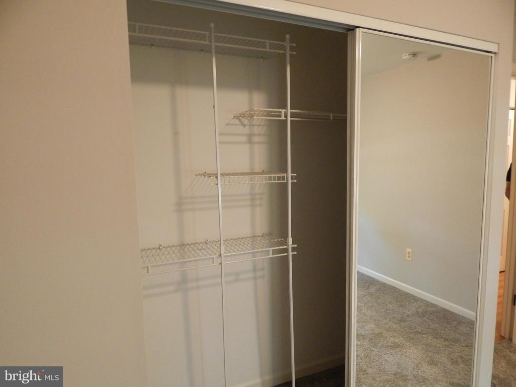 Bedroom 2 closet w/built in organizer - 4 NORMAN CT, FREDERICKSBURG