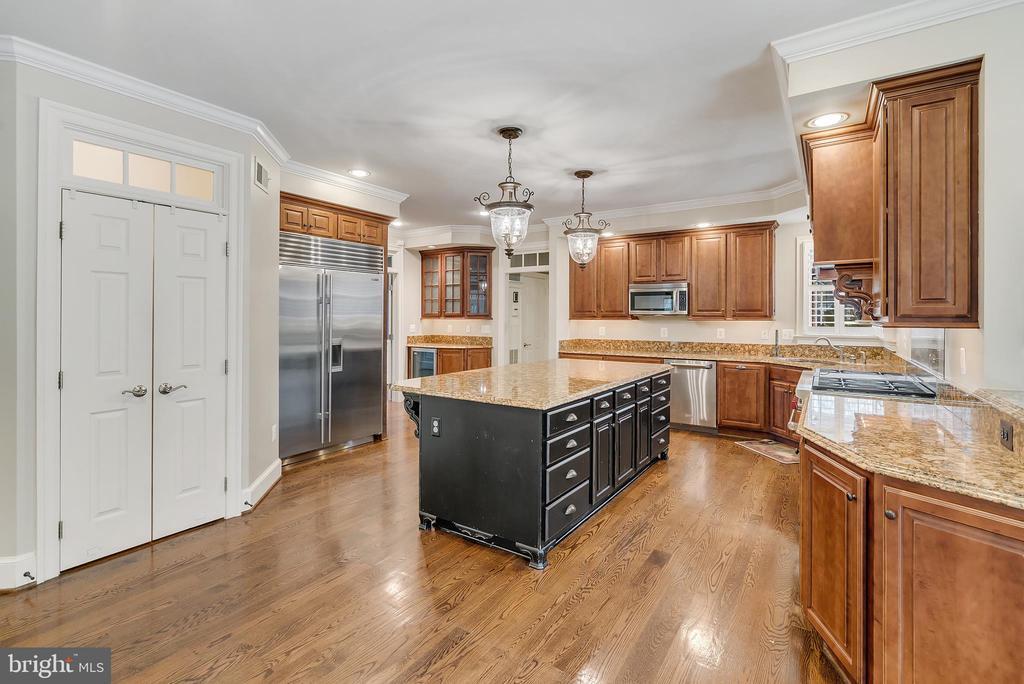 Kitchen  w/48