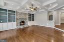 Family Room w/Built-in Bookshelves - 24020 LACEYS TAVERN CT, ALDIE