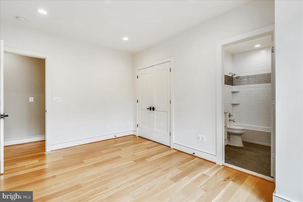 3rd Bedroom - 5100 FAIRGLEN LN, CHEVY CHASE