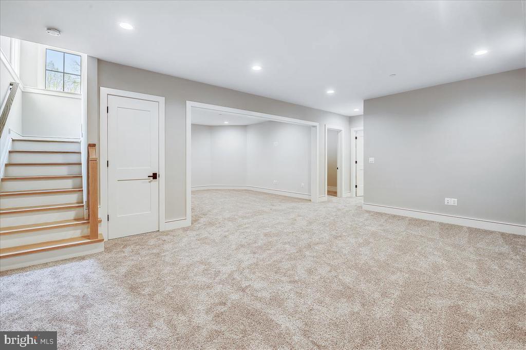 Recreation Room - 5100 FAIRGLEN LN, CHEVY CHASE