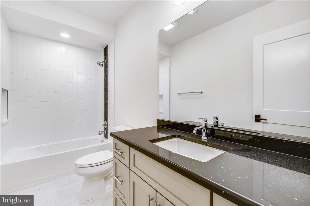 5th Bedroom Bath - 5100 FAIRGLEN LN, CHEVY CHASE