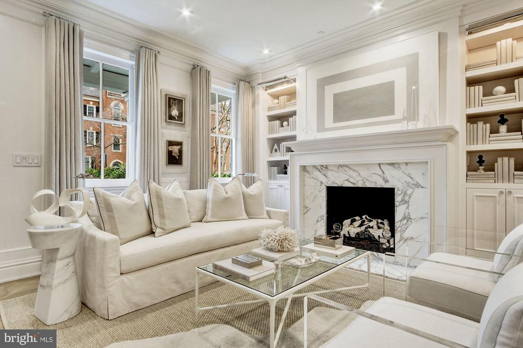 Marble Gas Fireplace - 1639 35TH ST NW, WASHINGTON