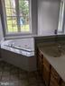 Master bathroom - 109 PARLIAMENT ST, LOCUST GROVE