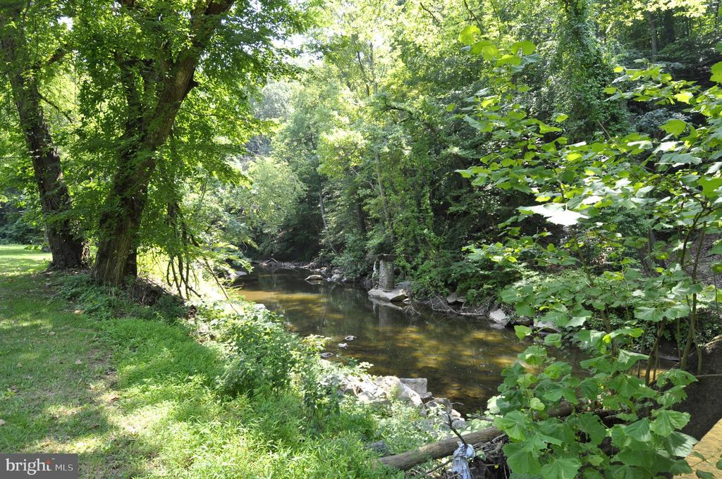 Neighborhood - Rock Creek Park - 2710 MACOMB ST NW #215, WASHINGTON