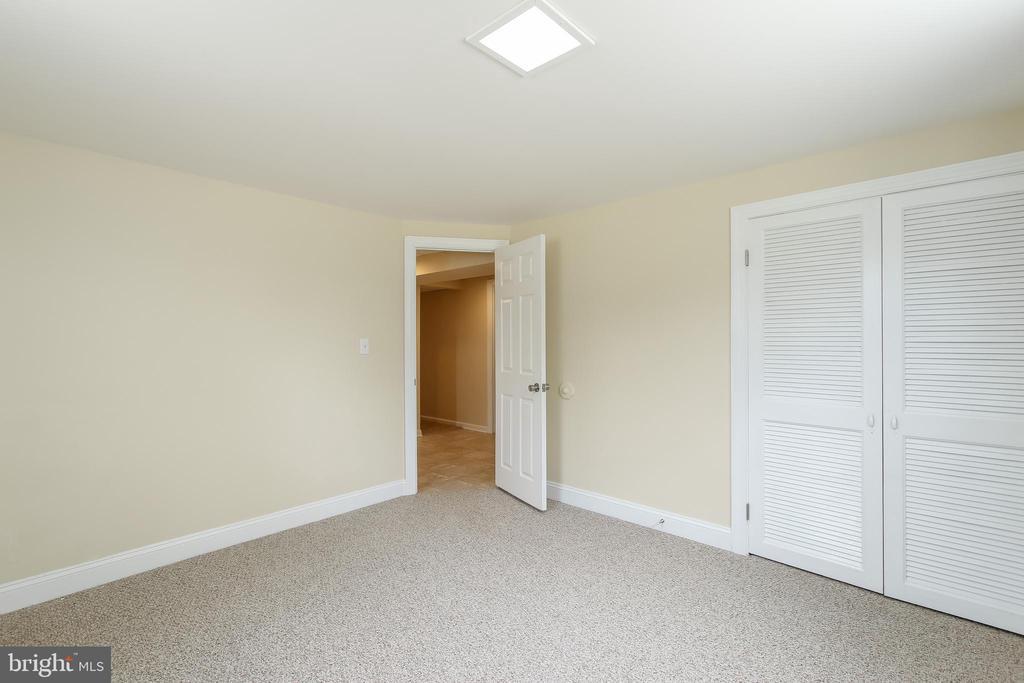 Bedroom - 275 PINOAK LN, FREDERICK