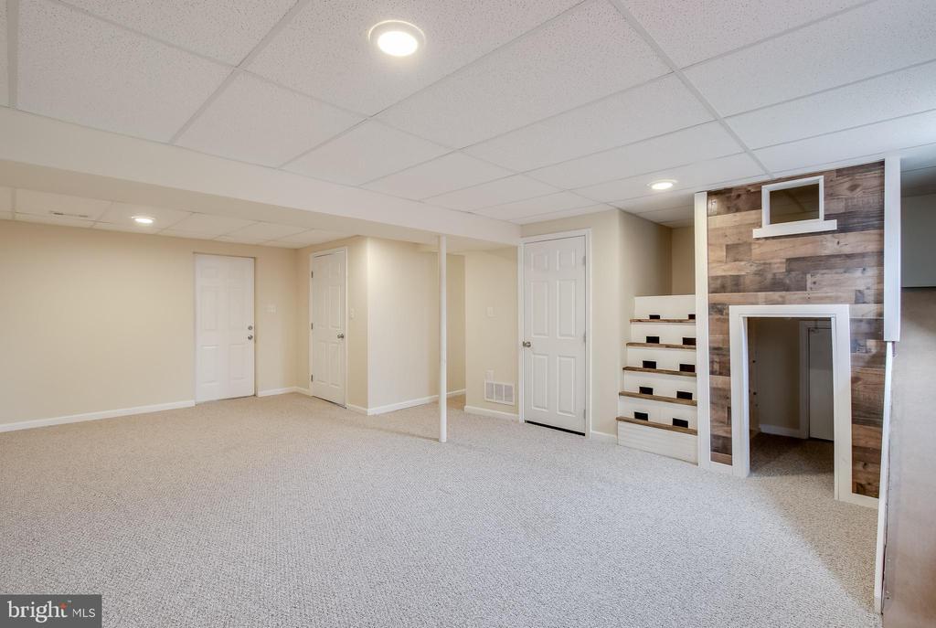 Recreation Room - 275 PINOAK LN, FREDERICK