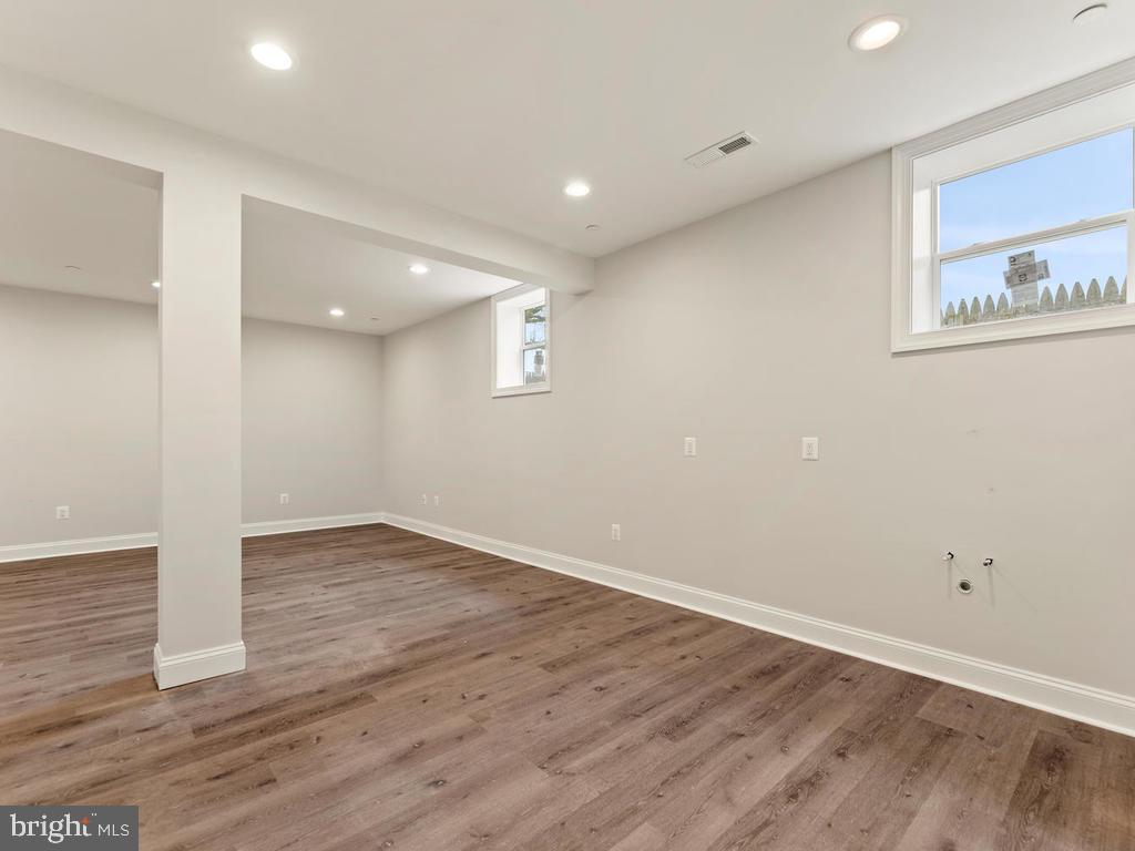 Large downstairs recreation room - 1211 BARBUD LN, ANNAPOLIS