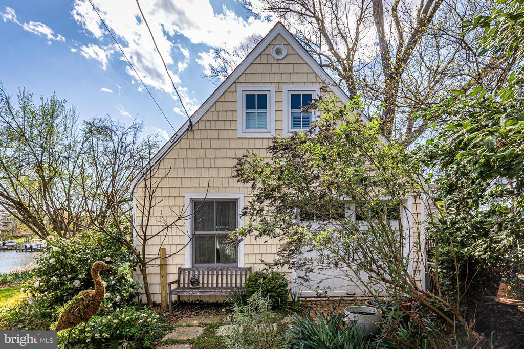 Converted garage - beautifully renovated - 610 BURNSIDE ST, ANNAPOLIS