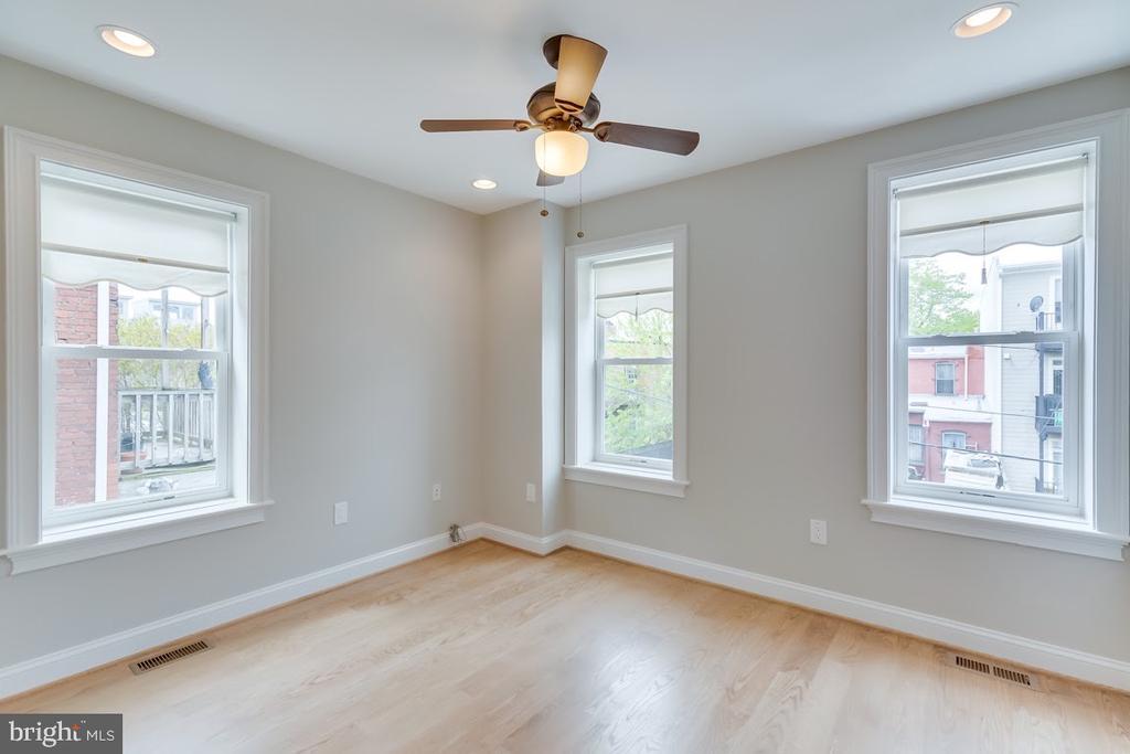 Rear Bedroom - 1122 6TH ST NE, WASHINGTON