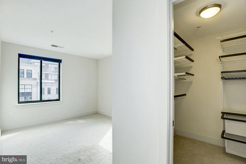 Huge walk-in closet with ELFA closet system - 1634 14TH ST NW #404, WASHINGTON