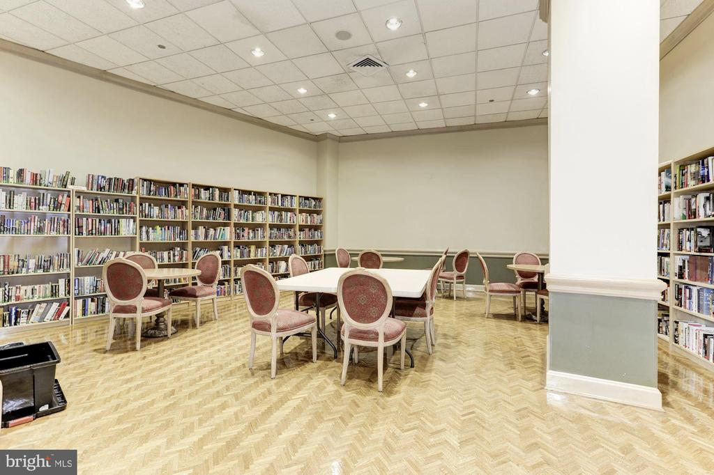 Library - 1300 CRYSTAL DR #PH14S, ARLINGTON