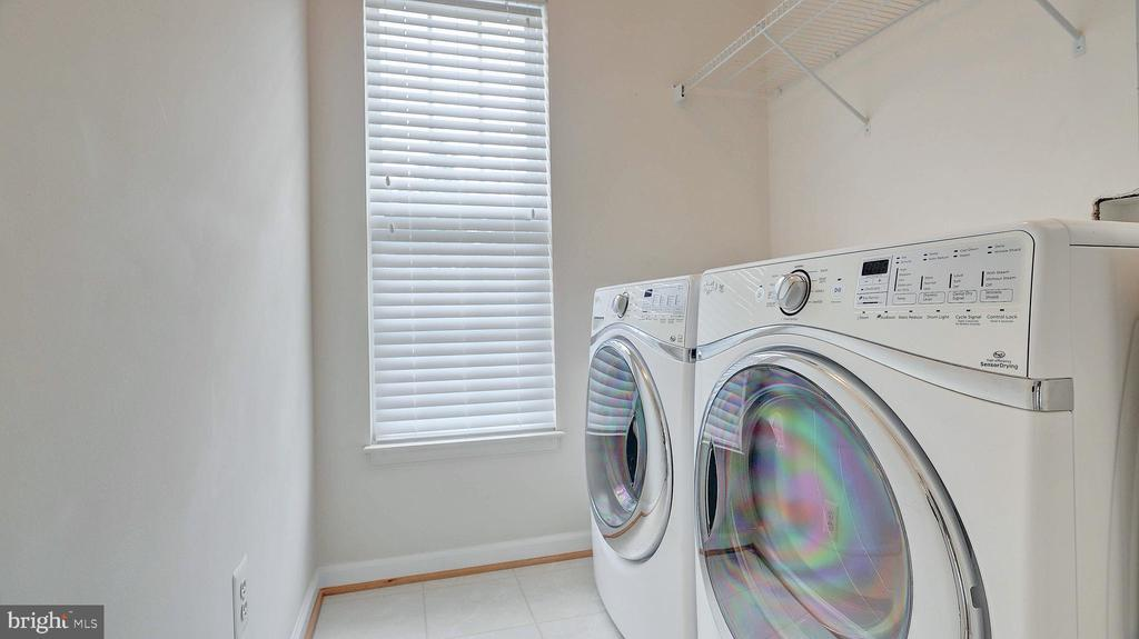 Upper Level Laundry, washer and dryer - 43262 LECROY CIR, LEESBURG
