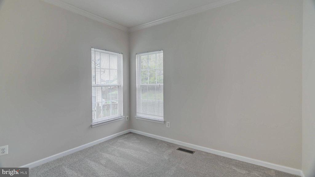 First Floor Bedroom/Den/Library/Office - 43262 LECROY CIR, LEESBURG