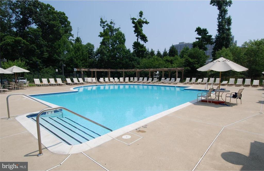 Take a dip on a Summer day or just relax poolside! - 1911 LOGAN MANOR DR, RESTON