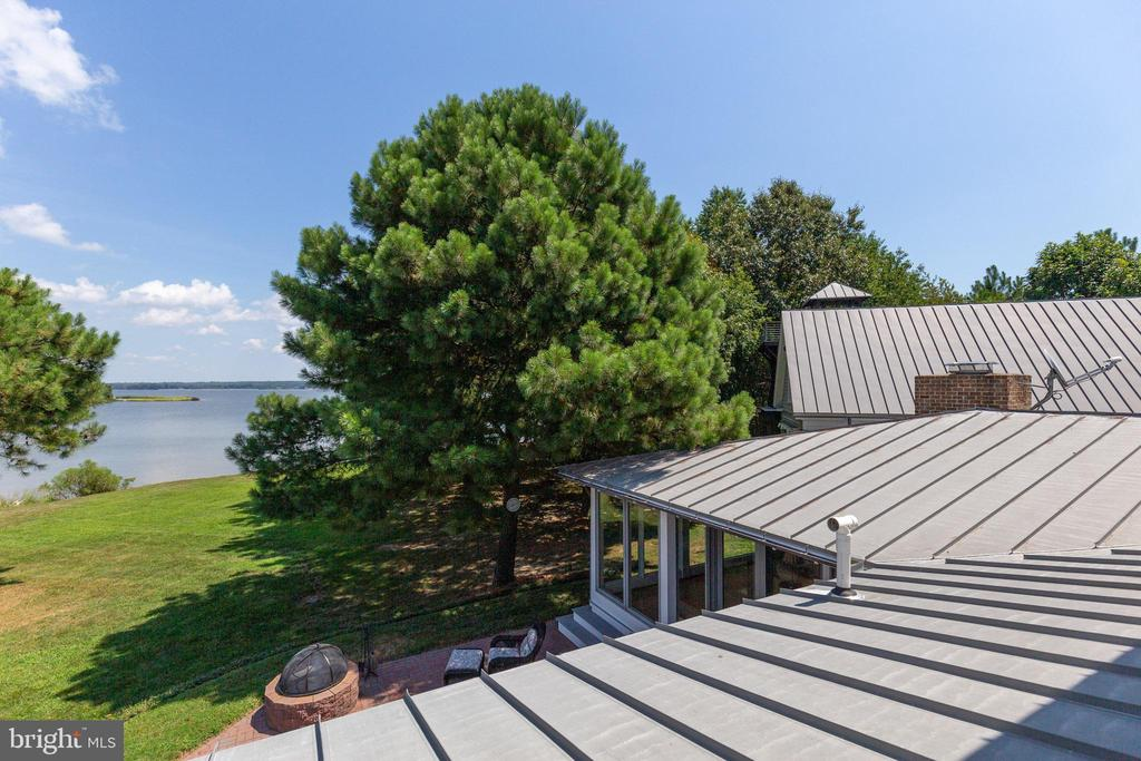 Water view from the 2nd floor of the center wing - 15270 HATTON LANDING DR, NEWBURG