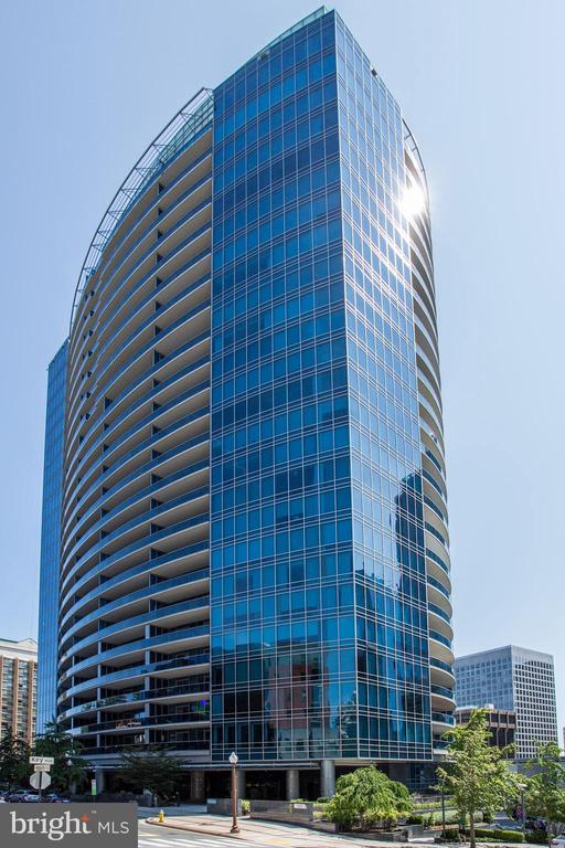 Turnberry Tower - 1881 N NASH ST #804, ARLINGTON
