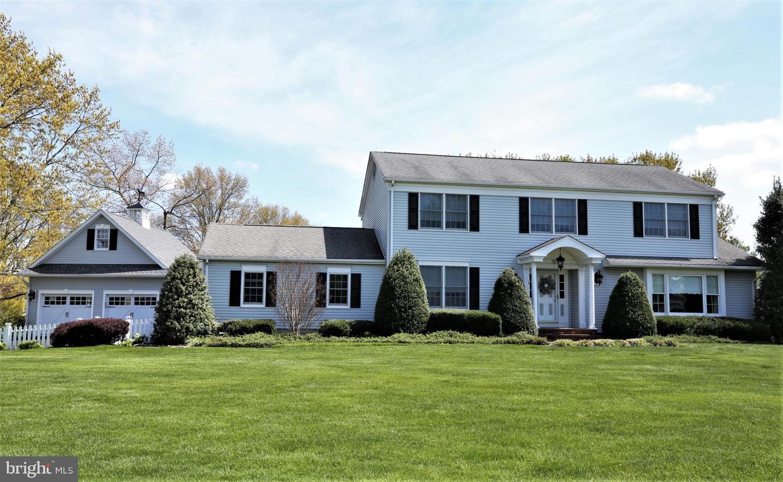 Single Family Homes 为 销售 在 克兰伯里, 新泽西州 08512 美国