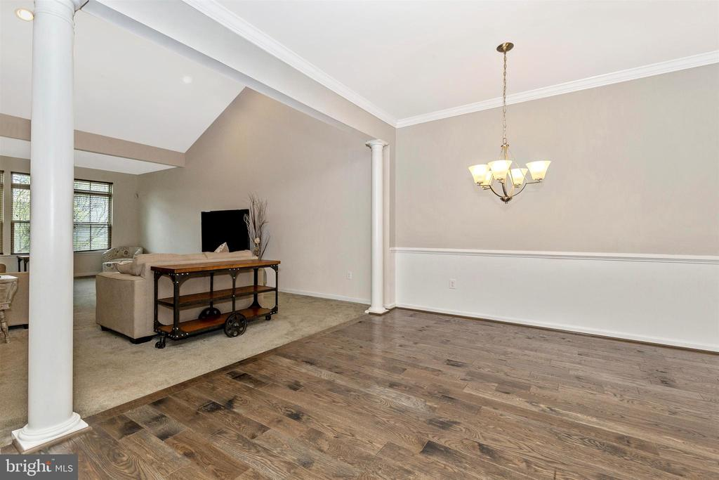Dining Area Opens to Family Room - 1287 DRYDOCK ST, BRUNSWICK