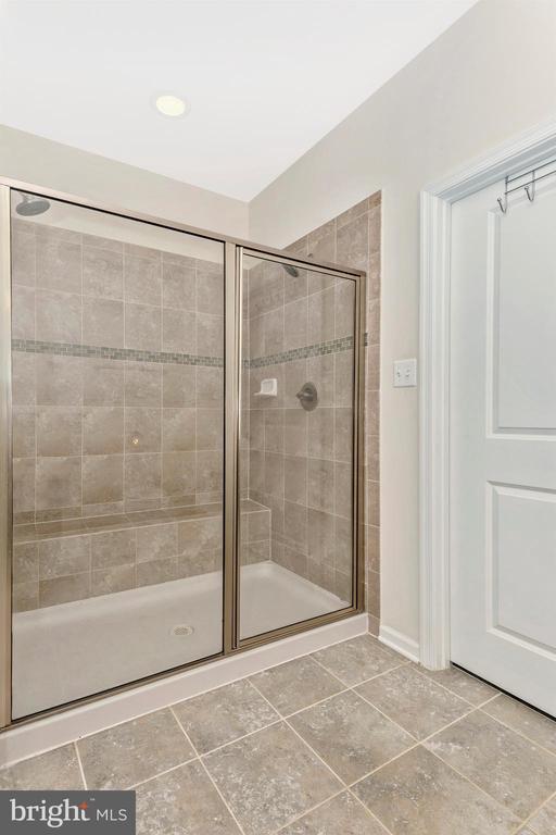 Main Floor Master Bath w/ Tile Shower - 1287 DRYDOCK ST, BRUNSWICK