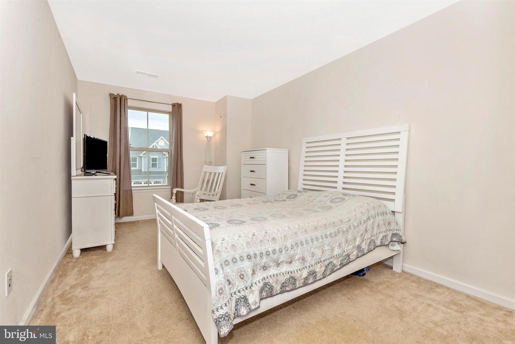 Bedroom 3 - 1287 DRYDOCK ST, BRUNSWICK