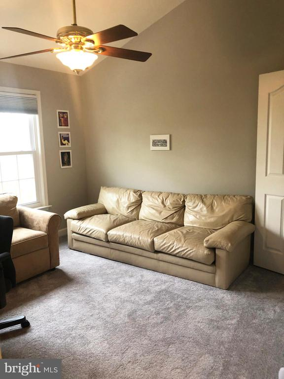 3rd bedroom - 12222 DORRANCE CT, RESTON