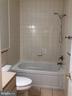 Full bath up stair - 656 9TH ST NE, WASHINGTON