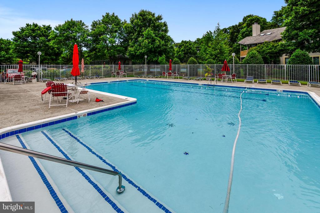 Community: Pool - 7016 CLINTON CT #22A, ANNAPOLIS